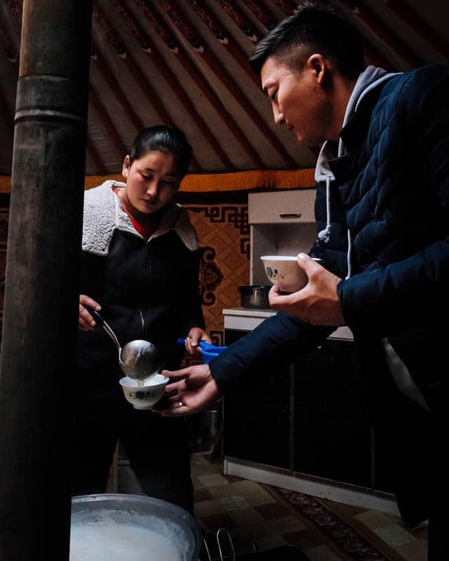 Suutei Tsai, Mongolian milk tea