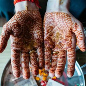 Experiencing local culture: Indian henna