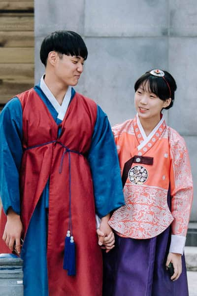 Korean couple in hanbok, traditional Korean dress