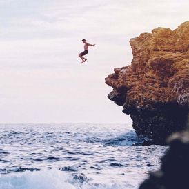 Cliff jumping. Photo by Austin Neill / Unsplash