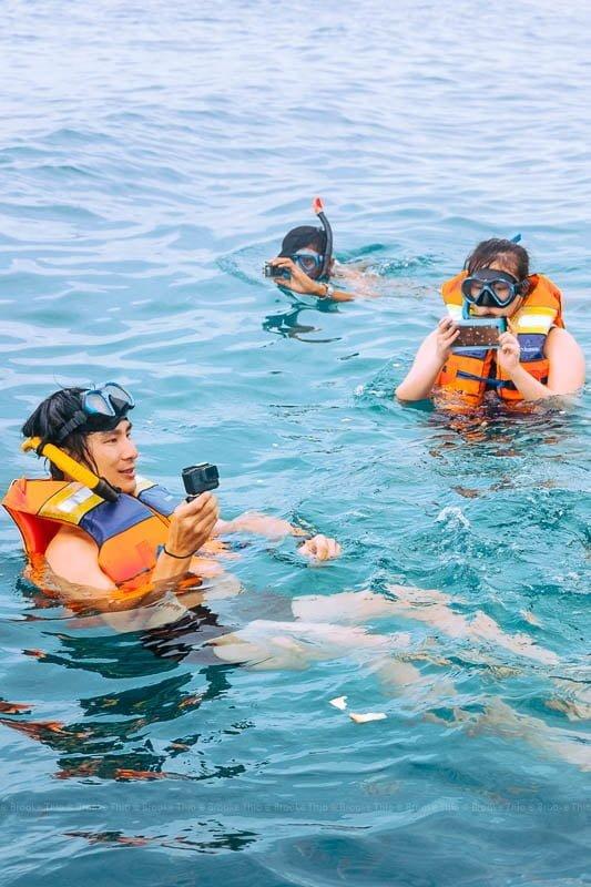 Snorkeling near Lengkuas island