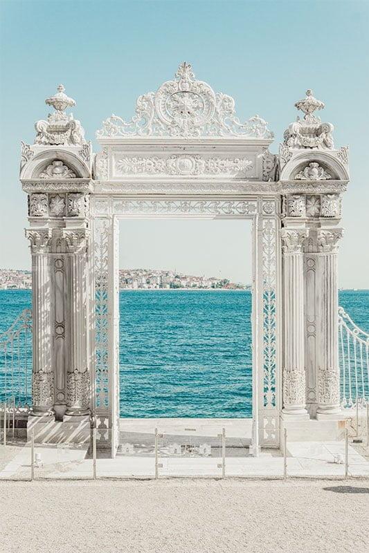 Dolmabahce Palace, Beskitas, Istanbul. Photo: Meriç Dağlı/Unsplash