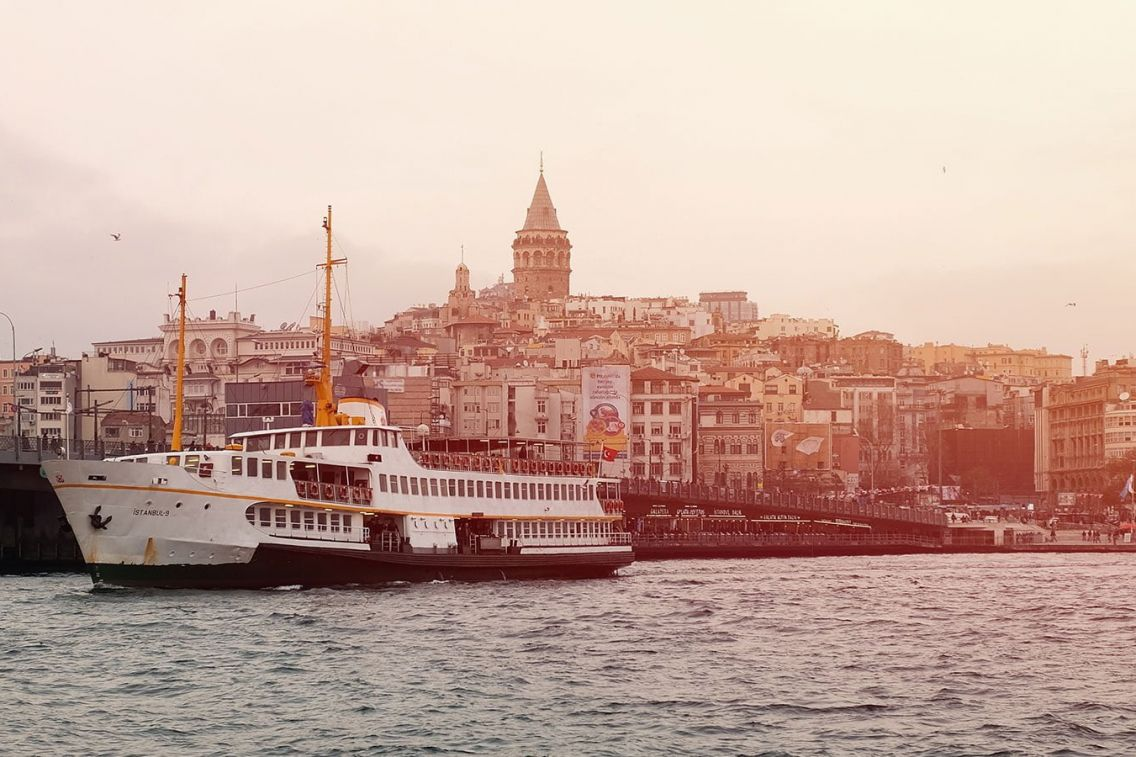 Istanbul ferry on the Bosphorus, Turkey. Photo: Emre Gencer/Unsplash
