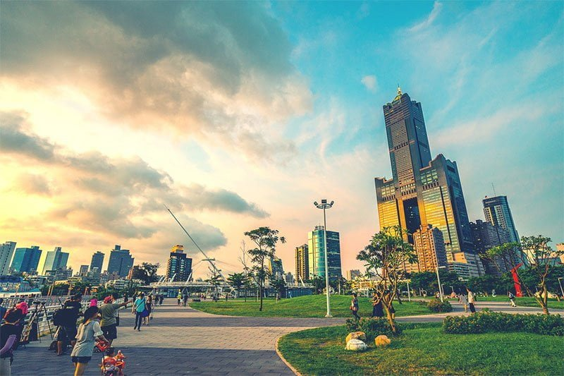 Things to do in Kaohsiung Harbor: stroll along Starlight Waterfront Park and visit 85 Sky Tower